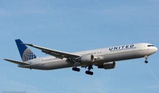 UnitedAirlines_B764_N67058_ZRH151223