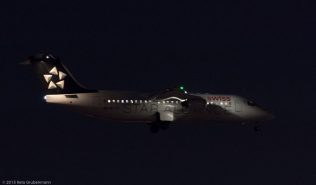 Swiss_RJ1H_HB-IYV_ZRH151225