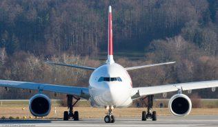 Swiss_A333_HB-JHB_ZRH151226