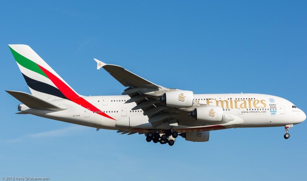 Emirates_A388_A6-EOK_ZRH151226_02