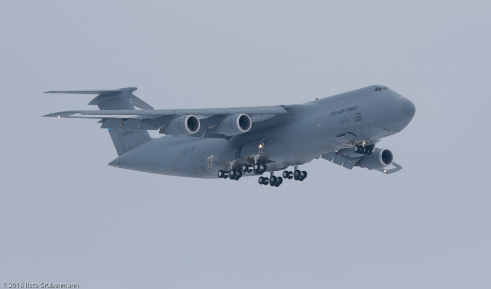 USAF_C5M_85-0008_ZRH160116_01