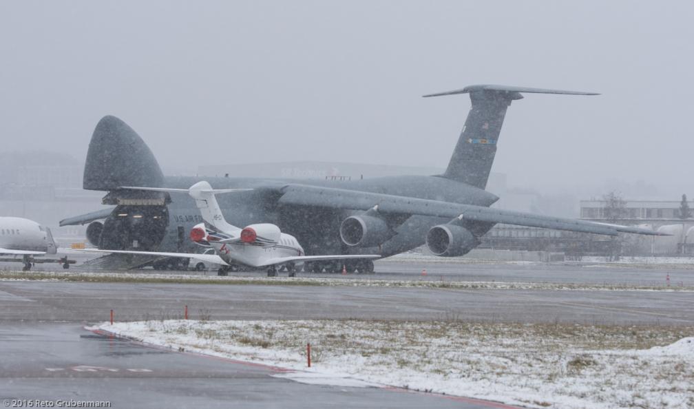 USAF_C5M_85-0008_ZRH160116_03