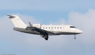 AirIndependence_CL60_D-AAAY_ZRH160118