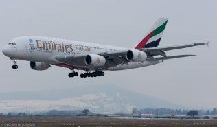 Emirates_A388_A6-EEO_ZRH160119_01