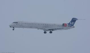ScandinavianAirlines_CRJ9_OY-KFG_ZRH160120