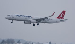 TurkishAirlines_A321_TC-JTD_ZRH160120