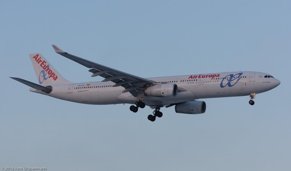 AirEuropa_A333_EC-LXA_ZRH160120