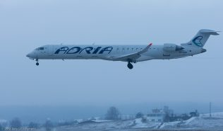 AdriaAirways_CRJ9_S5-AAV_ZRH160121