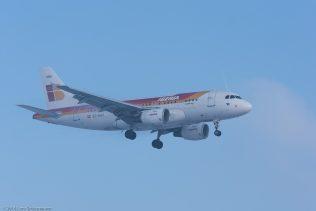 Iberia_A319_EC-KBX_ZRH160121