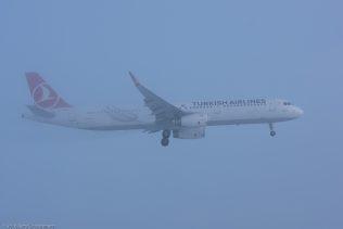 TurkishAirlines_A321_TC-JSU_ZRH160121