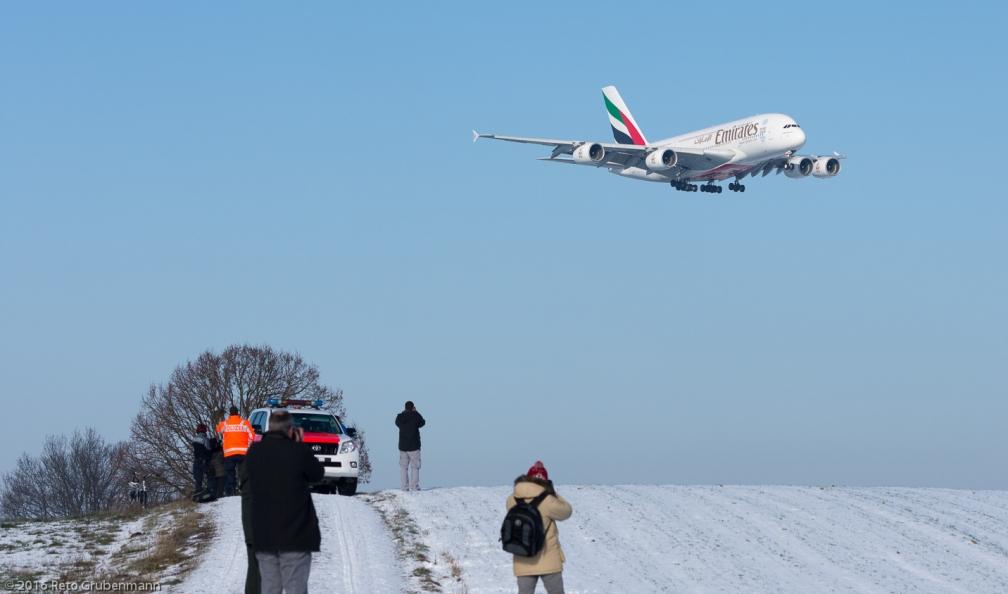 Emirates_A388_A6-EDN_ZRH160121