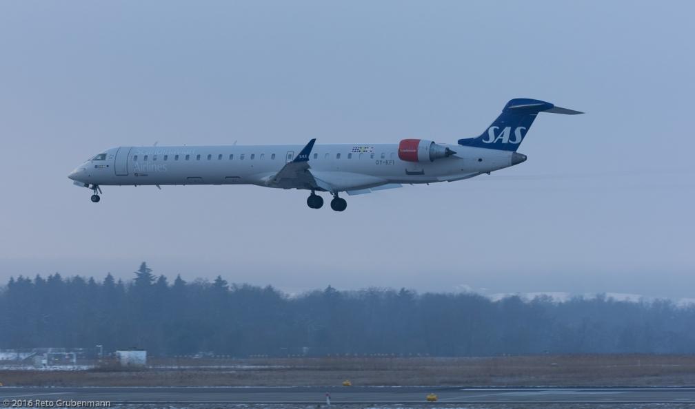 ScandinavianAirlines_CRJ9_OY-KFI_ZRH160121