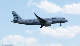 AegeanAirlines_A320_SX-DGZ_ZRH160703