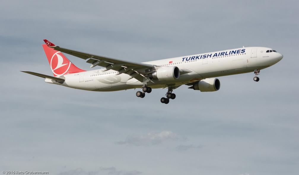 TurksihAirlines_A333_TC-JOB_ZRH160706