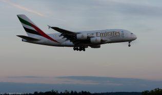 Emirates_A388_A6-EDZ_ZRH160811