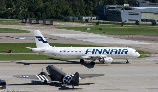 Finnair_A321_OH-LZD_DakotaHeritage IncOwnerTrust_DC3_N473DC_ZRH160813