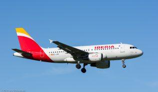 Iberia_A319_EC-JXV_ZRH160813