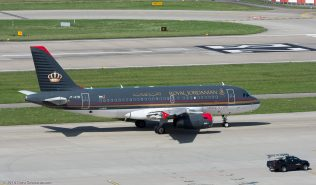 RoyalJordanian_A319_JY-AYM_ZRH160813