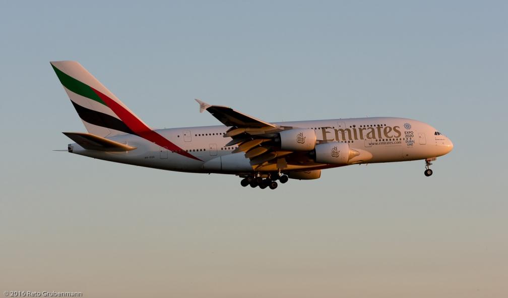 Emirates_A388_A6-EOG_ZRH160813