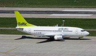 airBaltic_B735_YL-BBQ_ZRH160814