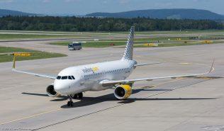 vueling_A320_EC-MAI_ZRH160814