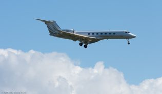 JetAviationBusinessJets_GLF5_VP-BNE_ZRH160821