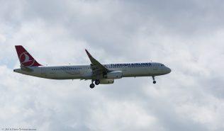 TurkishAirlines_A321_TC-JSK_ZRH160821