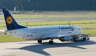 Lufthansa_B733_D-ABEK_ZRH160826_02
