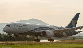 OmanAir_B788_A4O-SY_ZRH160828