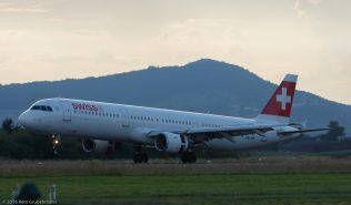 Swiss_A321_HB-IOK_ZRH160828