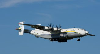 AntonovDesignBureau_AN22_UR-09307_ZRH160908_03