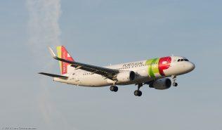 TAPPortugal_A320_CS-TNS_ZRH160922