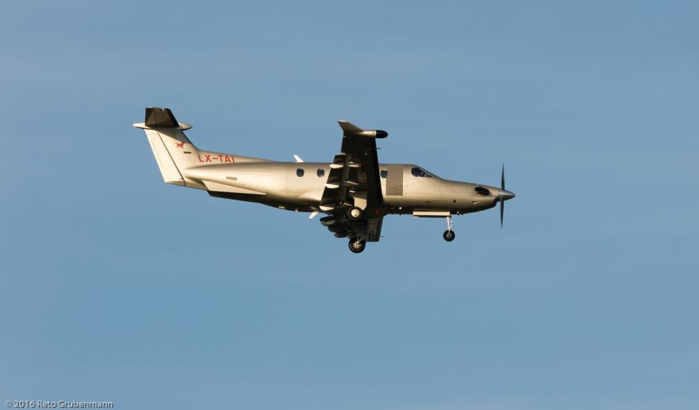 JetflyAviation_PC12_LX-TAI_ZRH160922