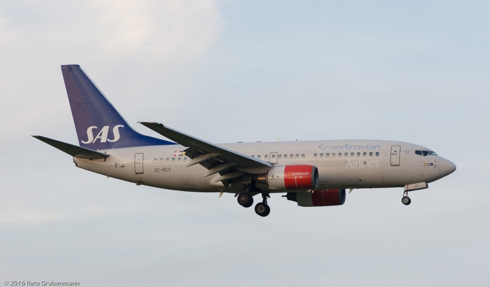 ScandinavianAirlines_B737_SE-RES_ZRH160922