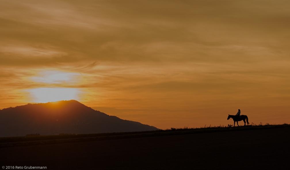 SunsetAtZRH_160922