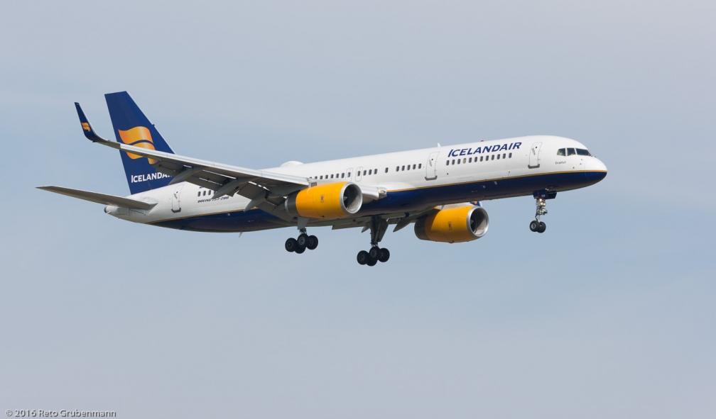 Icelandair_B752_TF-FIP_ZRH160923