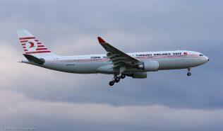 TurkishAirlines_A332_TC-JNC_ZRH161002