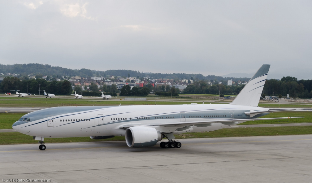 AviationLink_B772_VP-CAL_ZRH161009_02