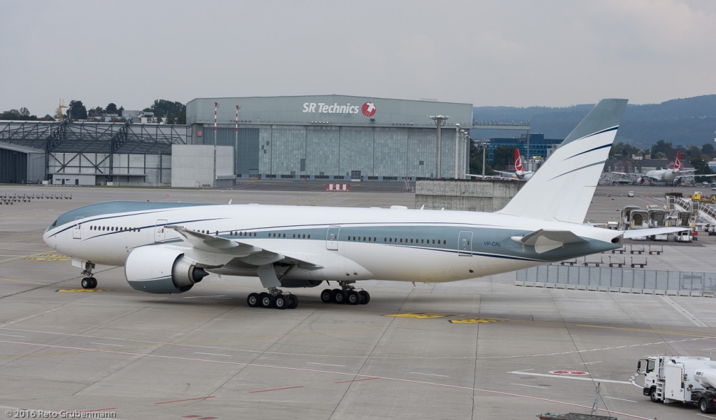 AviationLink_B772_VP-CAL_ZRH161009_03