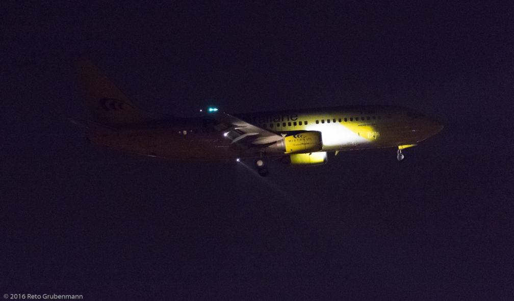 MistralAir_B733_EI-CFQ_ZRH161022