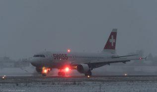 Swiss_A320_HB-IJX_ZRH170104