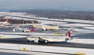 QatarAirways_B788_A7-BCJ_ZRH170106