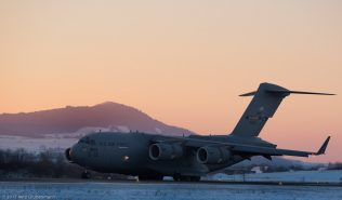 USAF_C17_04-4134_ZRH170106_02