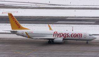 PegasusAirlines_B738_TC-CPK_ZRH170109