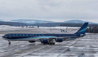 AzerbaijanAirlines_A346_4K-AI08_ZRH170114_01