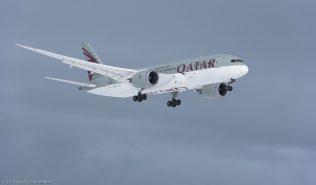 Qatar Airways_B788_A7-BDD_ZRH170115