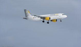 vueling_A320_EC-MAI_ZRH170115
