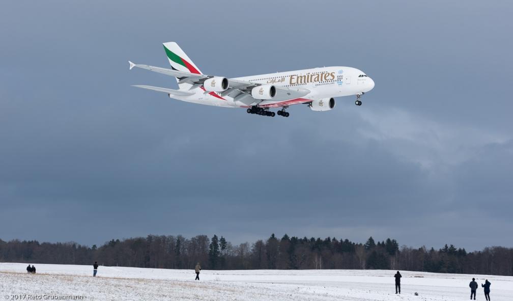 Emirates_A388_A6-EDC_ZRH170115_01