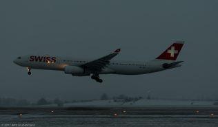 Swiss_A333_HB-JHD_ZRH170116