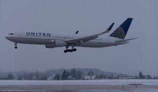 UnitedAirlines_B763_N662UA_ZRH170116